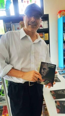 1. Presentación novela CASINO, del escritor Patricio Milad, en Librería LISER