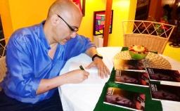 4 Presentación novela CASINO, del escritor chileno Patricio Milad, en Café Galería PIQ ART