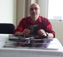 Lanzamiento de la novela CASINO, en CEUTEC, por el escritor PATRICIO MILAD 3