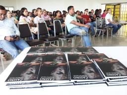 Lanzamiento de la novela CASINO, en CEUTEC, por el escritor PATRICIO MILAD 4