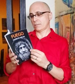 Novela distópica FUEGO, del escritor chileno Patricio Milad. Entrevista de Carlos Molina. EL CEIBEÑO 2