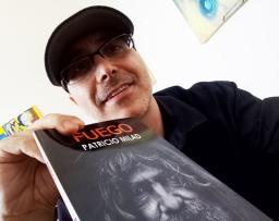 Lanzamiento de la novela FUEGO. Escritor Patricio Milad, obra distópica, nuevos ejemplares
